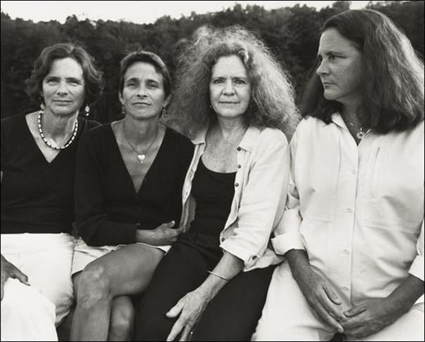 4 αδερφές φωτογραφίζονται μαζί κάθε χρόνο από το 1975 (32)