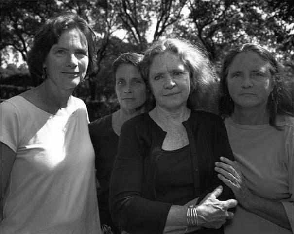 4 αδερφές φωτογραφίζονται μαζί κάθε χρόνο από το 1975 (34)