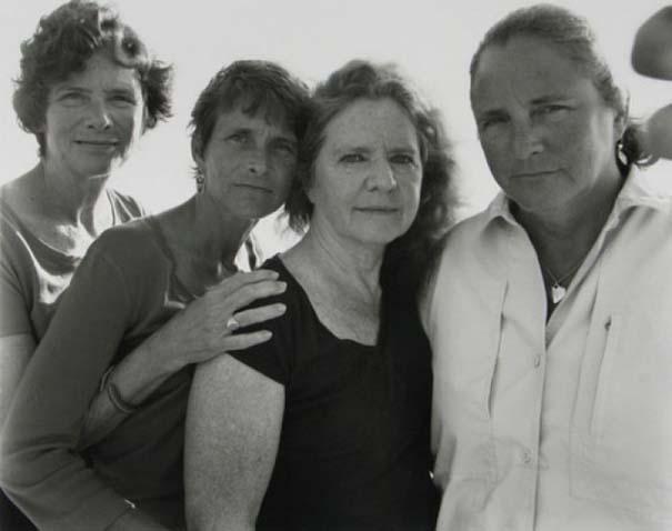 4 αδερφές φωτογραφίζονται μαζί κάθε χρόνο από το 1975 (35)