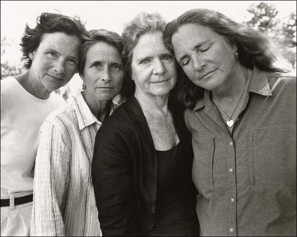4 αδερφές φωτογραφίζονται μαζί κάθε χρόνο από το 1975 (36)