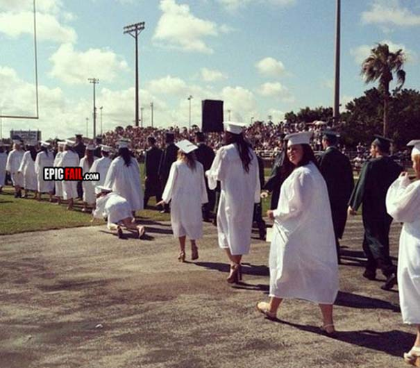 Αστείες φωτογραφίες αποφοίτησης (7)