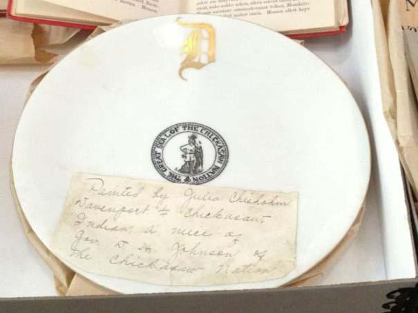 Τα ευρήματα σε ένα σεντούκι 100 ετών (29)