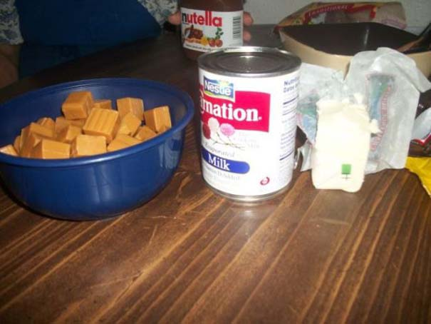 Φτιάχνοντας μια γιγάντια σπιτική Snickers (8)