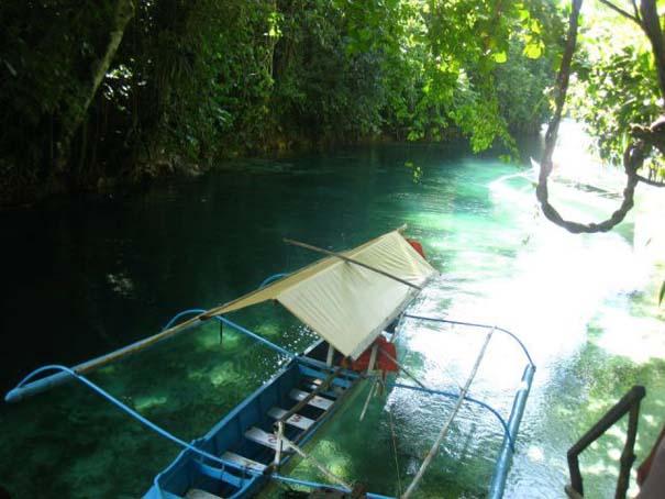 Μαγευτικό ποτάμι με κρυστάλλινα νερά (3)
