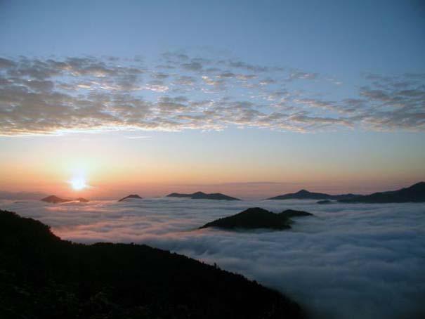 Πιείτε τον καφέ σας πάνω από τα σύννεφα (4)