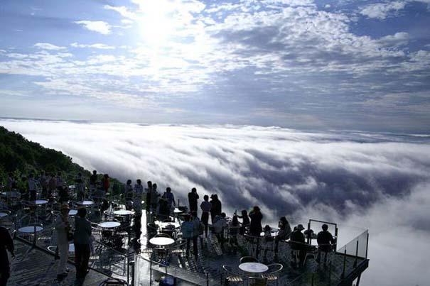 Πιείτε τον καφέ σας πάνω από τα σύννεφα (5)