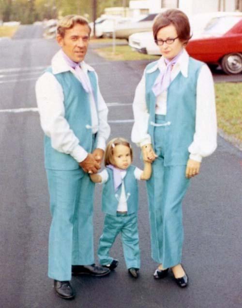 Ζευγάρια με... ταιριαστό ντύσιμο (11)