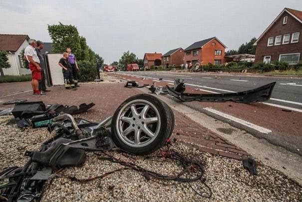 Audi S8 έγινε... κομματάκια και ο οδηγός βγήκε σχεδόν ανέπαφος (3)