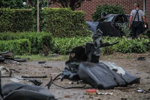 Audi S8 έγινε... κομματάκια και ο οδηγός βγήκε σχεδόν ανέπαφος (5)