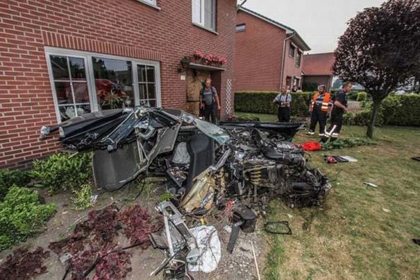 Audi S8 έγινε... κομματάκια και ο οδηγός βγήκε σχεδόν ανέπαφος (6)