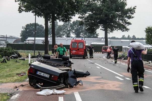 Audi S8 έγινε... κομματάκια και ο οδηγός βγήκε σχεδόν ανέπαφος (10)