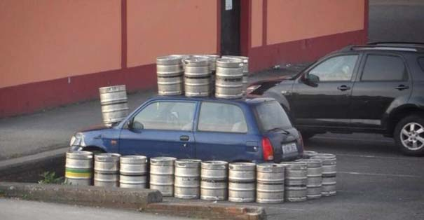 Όταν το αυτοκίνητο γίνεται θύμα... εκδίκησης! (13)
