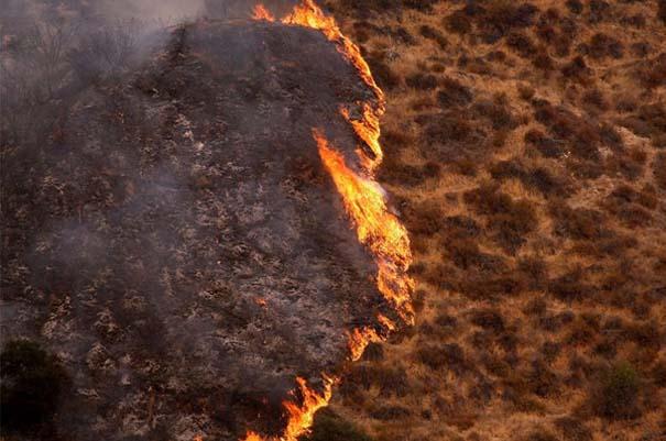 Εκπληκτικές φωτογραφίες που καταγράφουν την οργή της φύσης (12)