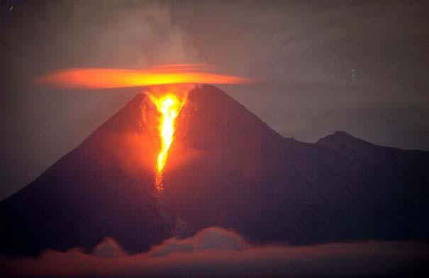 Εκπληκτικές φωτογραφίες που καταγράφουν την οργή της φύσης (10)