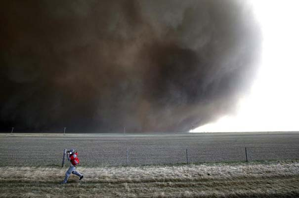 Εκπληκτικές φωτογραφίες που καταγράφουν την οργή της φύσης (6)