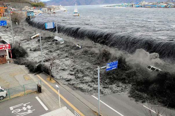 Εκπληκτικές φωτογραφίες που καταγράφουν την οργή της φύσης (2)