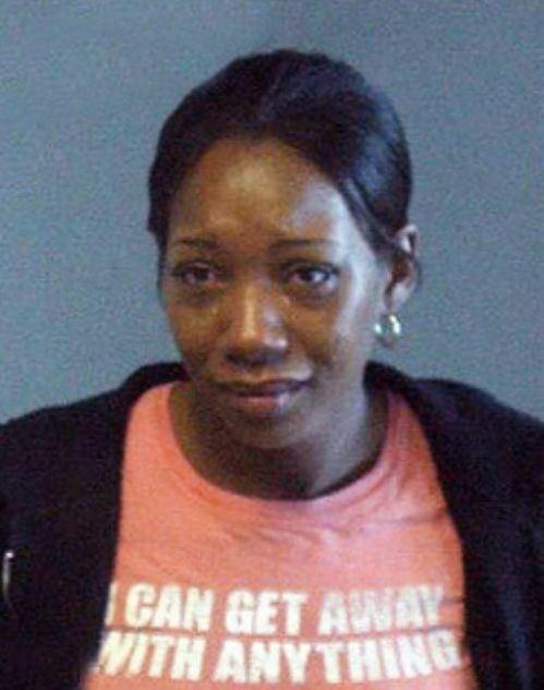 Φωτογραφίες συλληφθέντων με το κατάλληλο ντύσιμο (12)