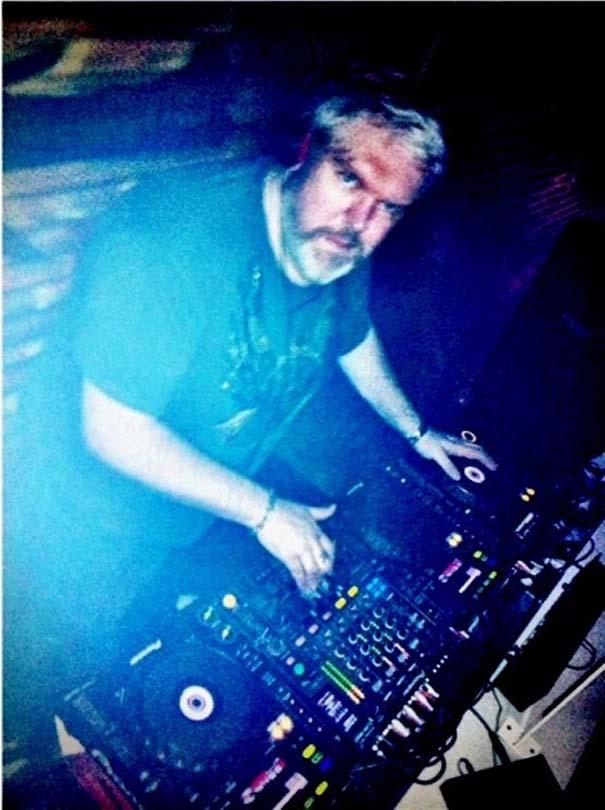 Ο Hodor είναι στην πραγματικότητα διάσημος DJ! (2)
