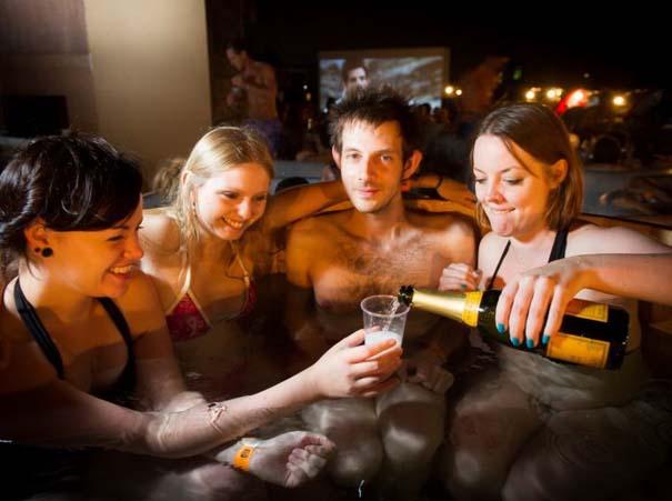 Hot Tub Cinema (1)