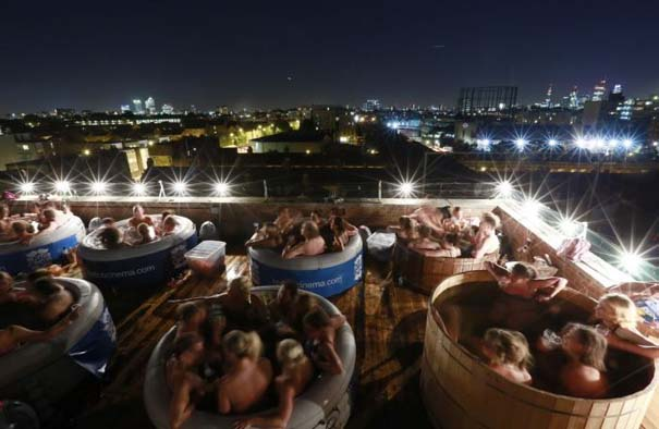 Hot Tub Cinema (3)