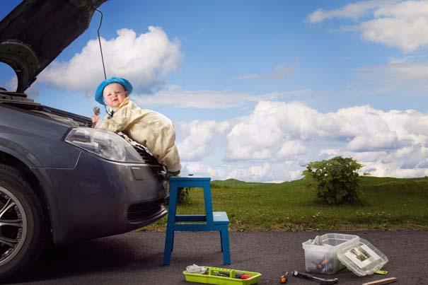 Φωτογράφος κάνει το βρέφος κοριτσάκι του να ποζάρει σε απίστευτες καταστάσεις (2)