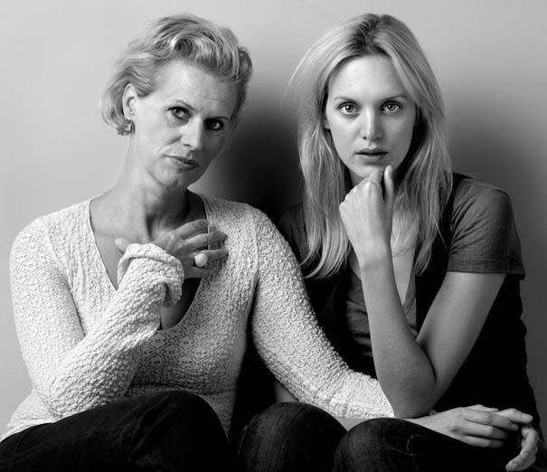 Μοντέλα φωτογραφίζονται με την μητέρα τους (4)