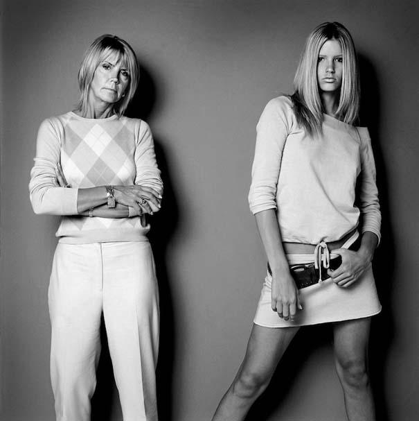 Μοντέλα φωτογραφίζονται με την μητέρα τους (8)