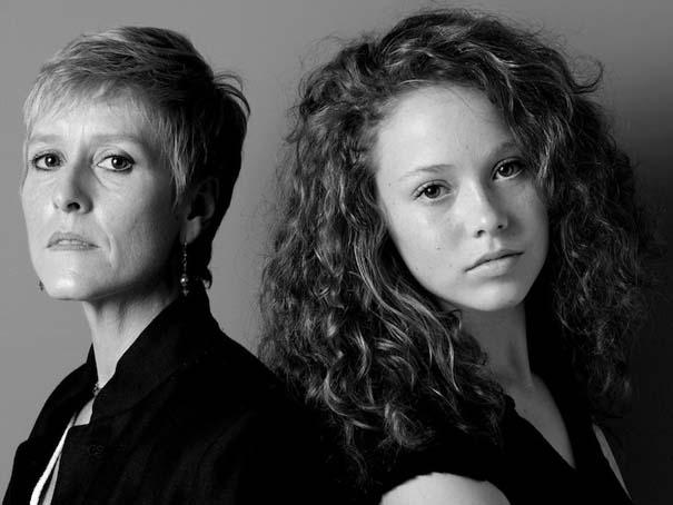 Μοντέλα φωτογραφίζονται με την μητέρα τους (10)