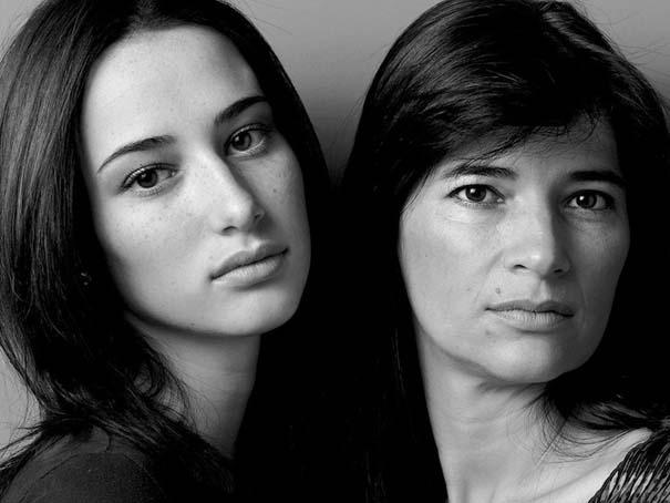 Μοντέλα φωτογραφίζονται με την μητέρα τους (11)