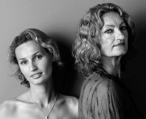 Μοντέλα φωτογραφίζονται με την μητέρα τους (19)