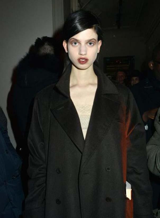 Ένα νεαρό Supermodel που προκαλεί απορίες... (10)