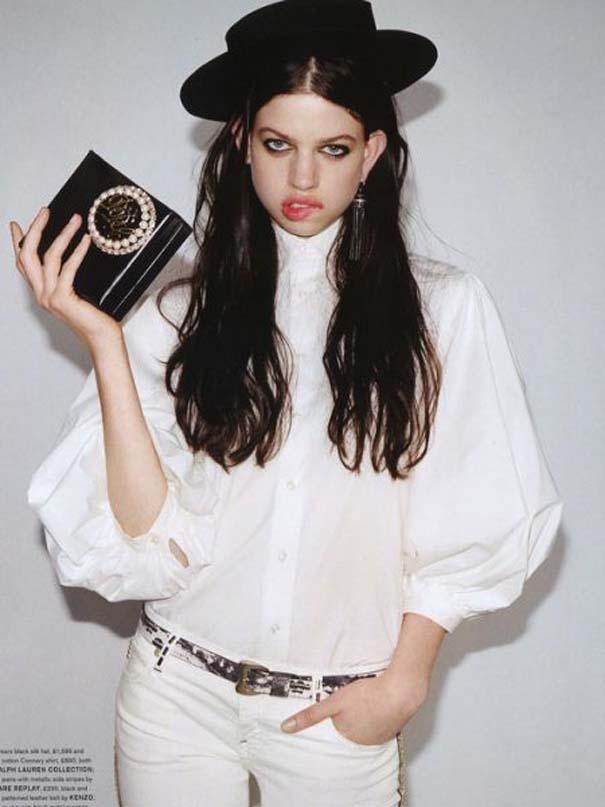 Ένα νεαρό Supermodel που προκαλεί απορίες... (15)
