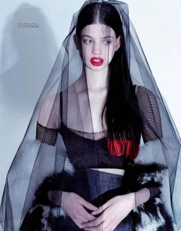 Ένα νεαρό Supermodel που προκαλεί απορίες... (23)
