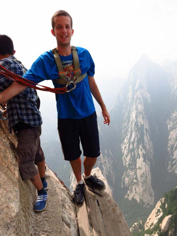 Το πιο τρομακτικό μονοπάτι σε βουνό (6)
