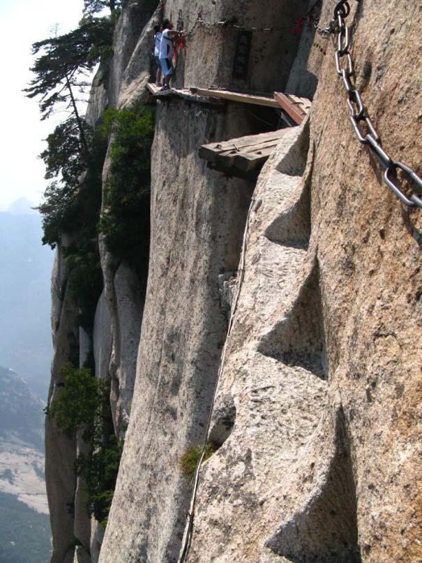 Το πιο τρομακτικό μονοπάτι σε βουνό (10)