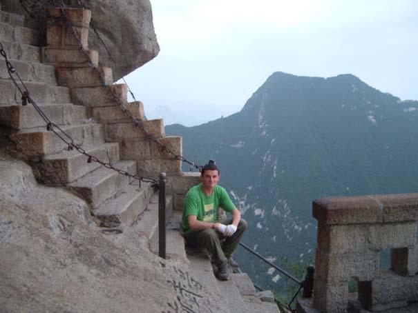 Το πιο τρομακτικό μονοπάτι σε βουνό (39)