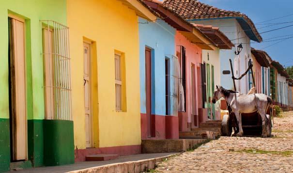 Πόλεις γεμάτες χρώμα (6)