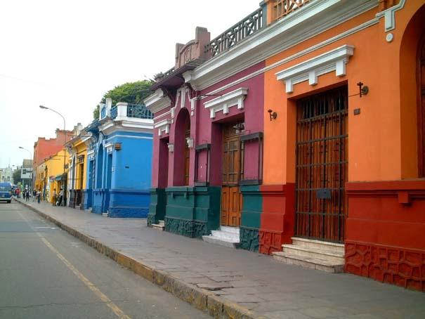 Πόλεις γεμάτες χρώμα (4)