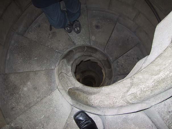 Σκάλες που προκαλούν ίλιγγο (1)