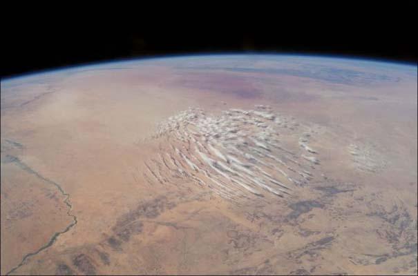 Σύννεφα όπως φαίνονται από το διάστημα (9)