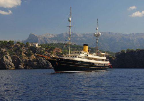 The Nero: Πλωτό παλάτι (2)