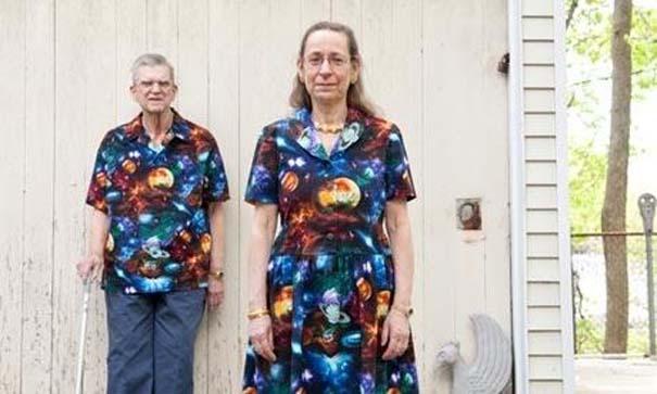Ζευγάρι ντύνεται με ταιριαστά ρούχα εδώ και 35 χρόνια (8)