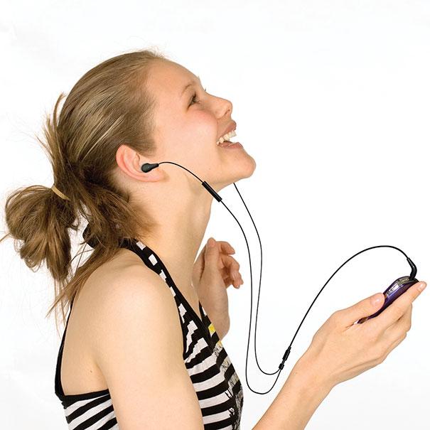 Μια μεγάλη αλήθεια σχετικά με τα ακουστικά...
