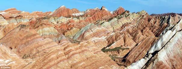 Danxia: Τα εξωπραγματικά πολύχρωμα βουνά στην Κίνα (5)