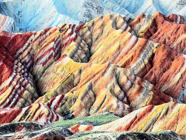Danxia: Τα εξωπραγματικά πολύχρωμα βουνά στην Κίνα (15)