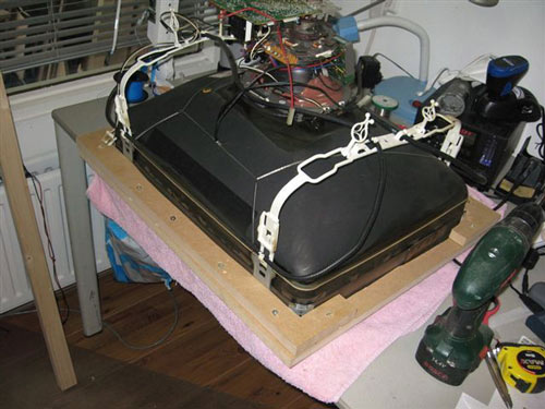 Έφτιαξε κλασσικό Arcade χρησιμοποιώντας μια παλιά τηλεόραση (8)
