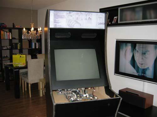 Έφτιαξε κλασσικό Arcade χρησιμοποιώντας μια παλιά τηλεόραση (19)