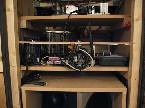 Έφτιαξε κλασσικό Arcade χρησιμοποιώντας μια παλιά τηλεόραση (36)