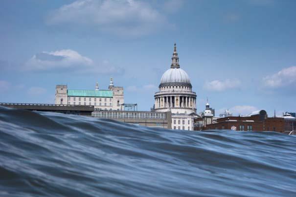 Φωτογραφίες από συγκεκριμένη γωνία λήψης δείχνουν το Λονδίνο μισοβυθισμένο (5)