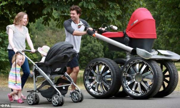 Η Skoda κατασκεύασε «αντρικό» καρότσι για μωρά (3)